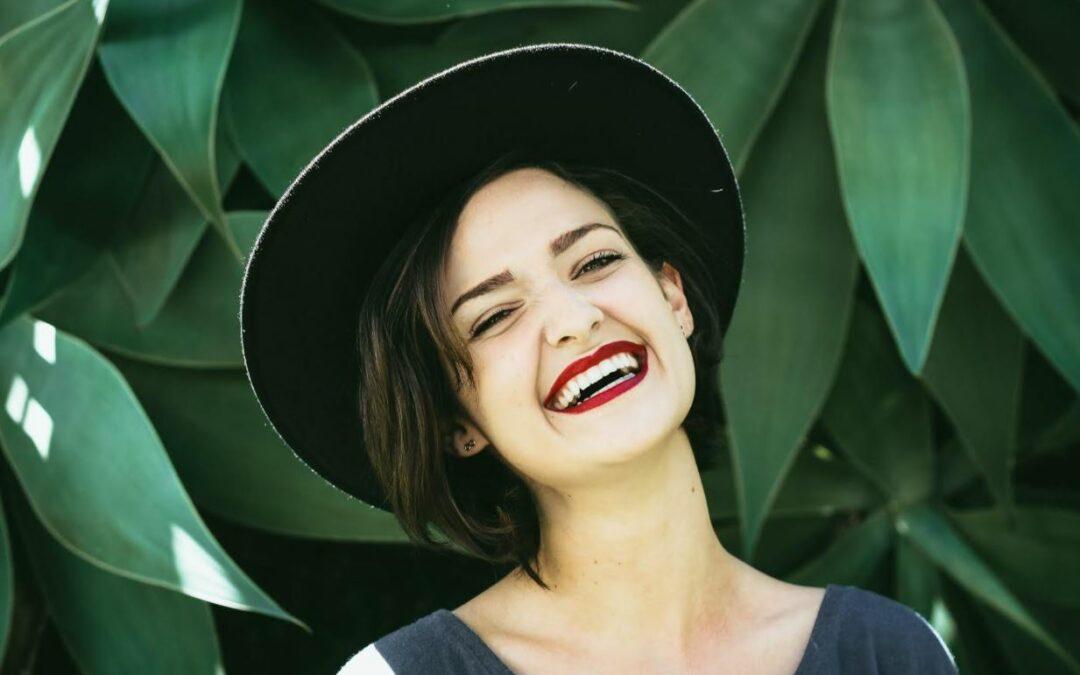 Luzca una preciosa sonrisa con nuestro blanqueamiento dental