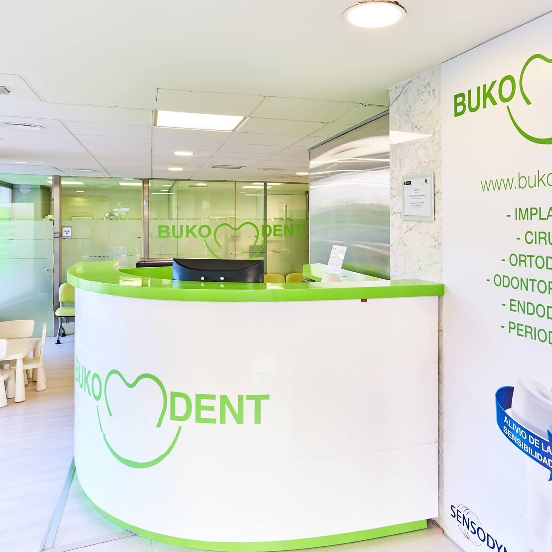 clínica dental Bukodent